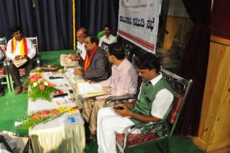 ಡಾ. ಮನುಬಳಿಗಾರ್ ಅಧ್ಯಕ್ಷತೆ